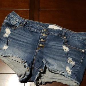 Torrid distressed denim shorts 20